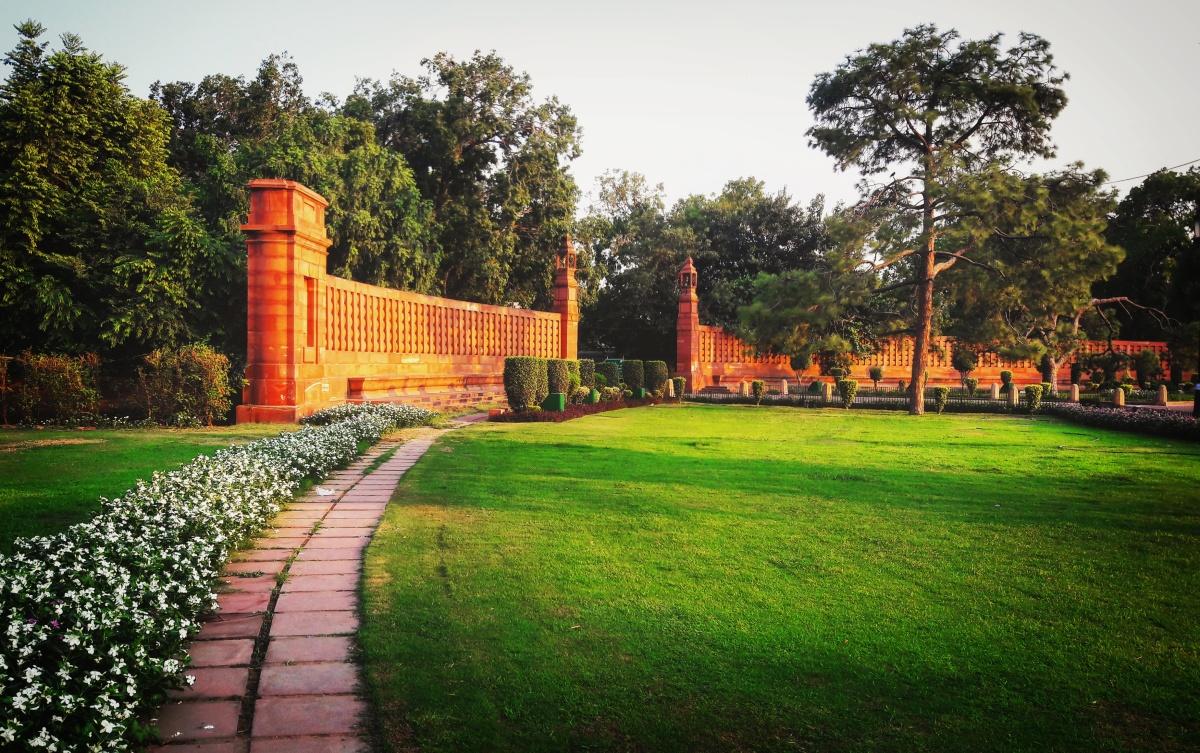 Poetry : India